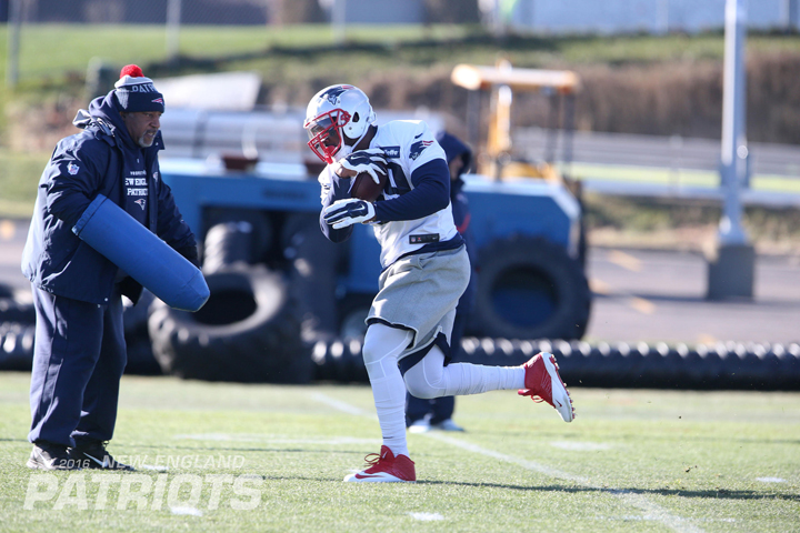 SJ39 has been working hard in practice and preparation to learn New England's system (New England Patriots photo).