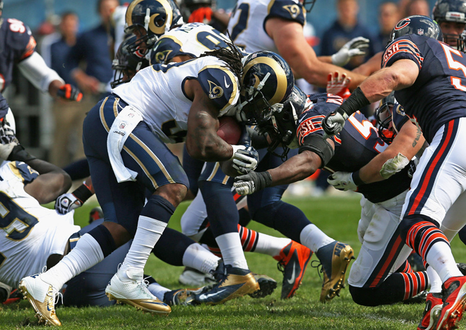 The Bears' stout defense held St. Louis to just 160 yards of total offense (Getty Images).