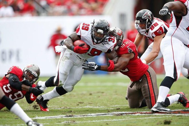 The deficit forced the Falcons to throw more in the second half, limiting SJ's opportunities (Falcons.com photo).