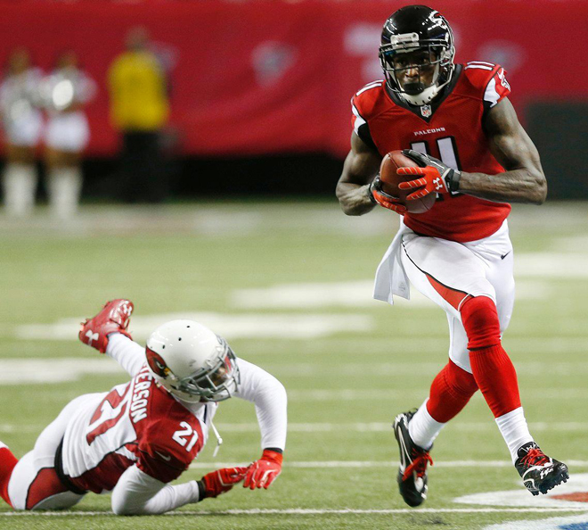 Julio Jones is one of the most gifted players in the NFL and we all marvel at some of the plays he makes.