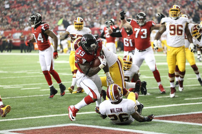 I knew at the line of scrimmage I'd end up one-on-one with the DB and I'd have to be him for a TD (Falcons.com photo).