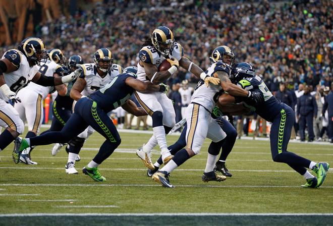 Steven passed the 1,000 yard plateau for the eighth straight season on Sunday, but the Rams fell in Seattle (Getty Images).